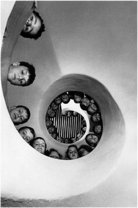Henri Cartier-Bresson - Photography Exhibition in Paris